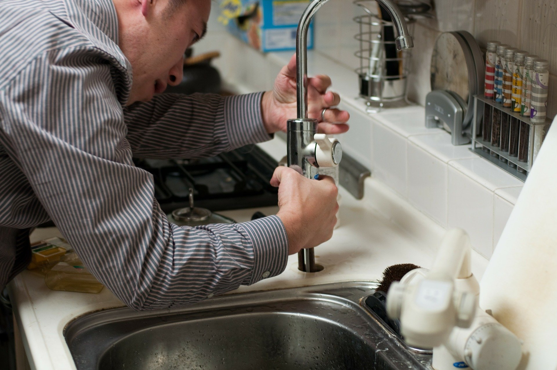 Jackson MS Plumbing and Drain Service Repairman
